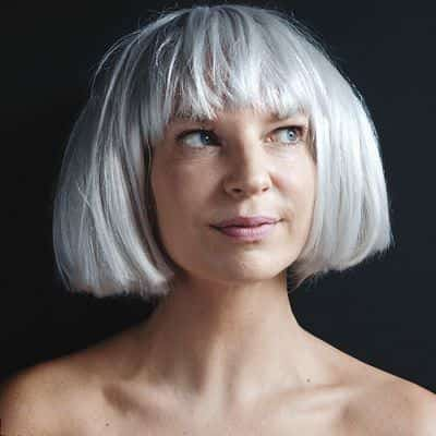 Sia – The Greatest (Music Video)